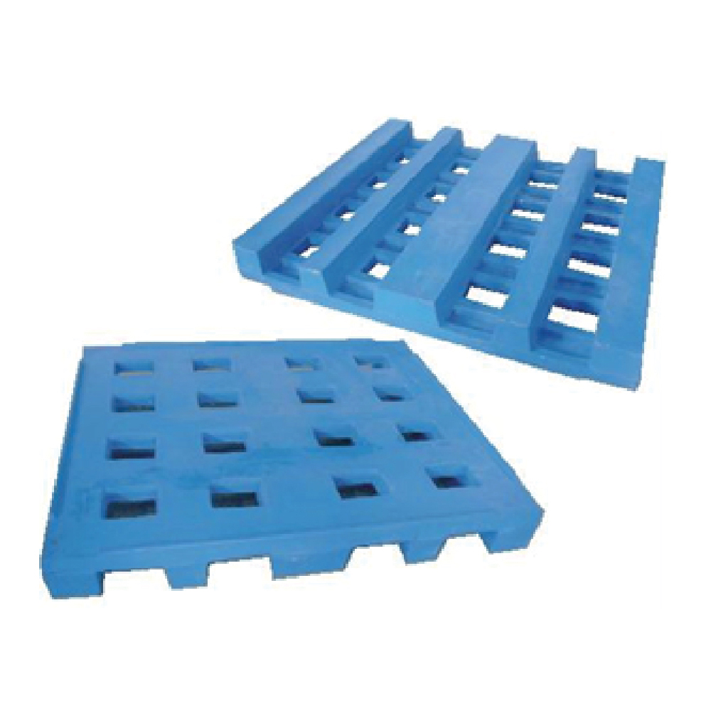 Pallets available-in